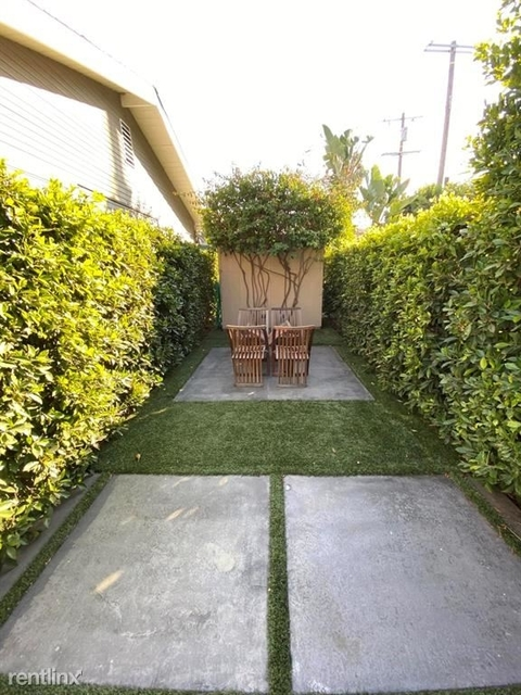 3 Bedrooms, Mid-Town North Hollywood Rental in Los Angeles, CA for $6,500 - Photo 2