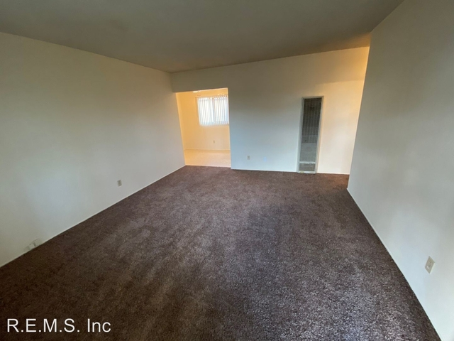 1 Bedroom, Inglewood Rental in Los Angeles, CA for $1,350 - Photo 2