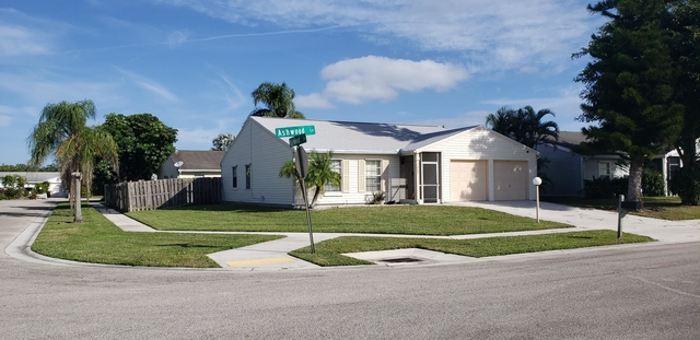 3 Bedrooms, Countrywood Rental in Miami, FL for $2,200 - Photo 1