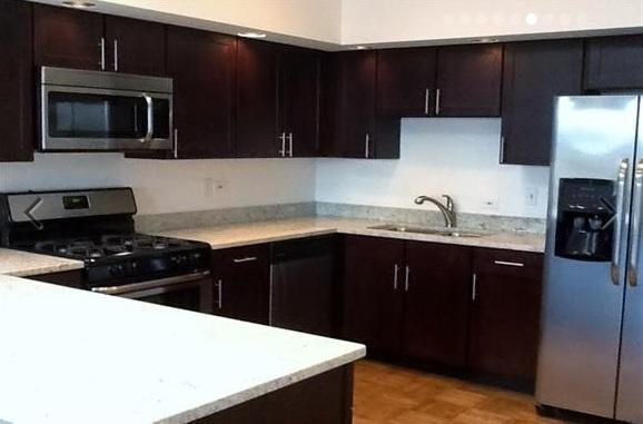 2 Bedrooms, Sheffield Rental in Chicago, IL for $2,015 - Photo 2