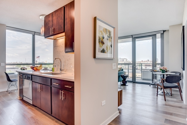 1 Bedroom, Greektown Rental in Chicago, IL for $2,537 - Photo 2