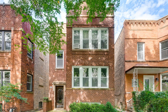 2 Bedrooms, Evanston Rental in Chicago, IL for $2,000 - Photo 1