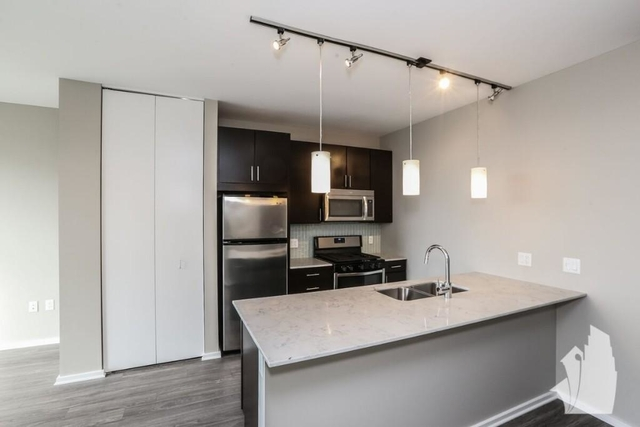Studio, West Loop Rental in Chicago, IL for $1,996 - Photo 1