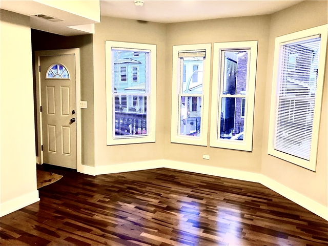 4 Bedrooms, Logan Square Rental in Chicago, IL for $2,650 - Photo 2