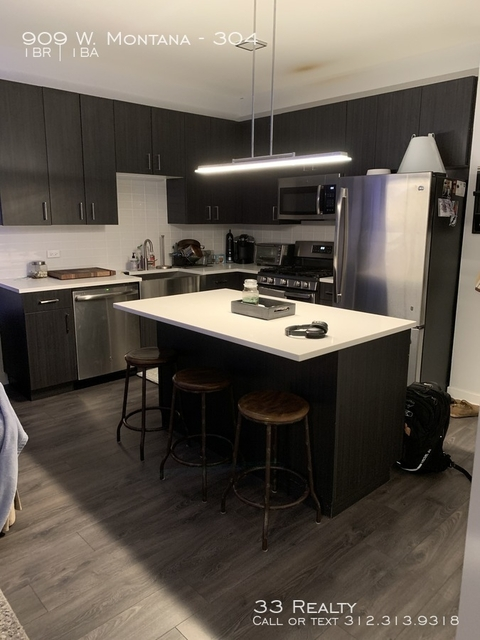 1 Bedroom, Wrightwood Rental in Chicago, IL for $2,295 - Photo 2