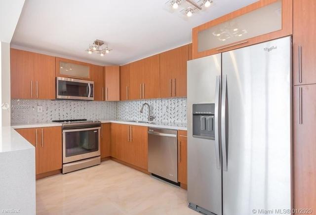 2 Bedrooms, Golden Shores Ocean Boulevard Estates Rental in Miami, FL for $2,700 - Photo 1
