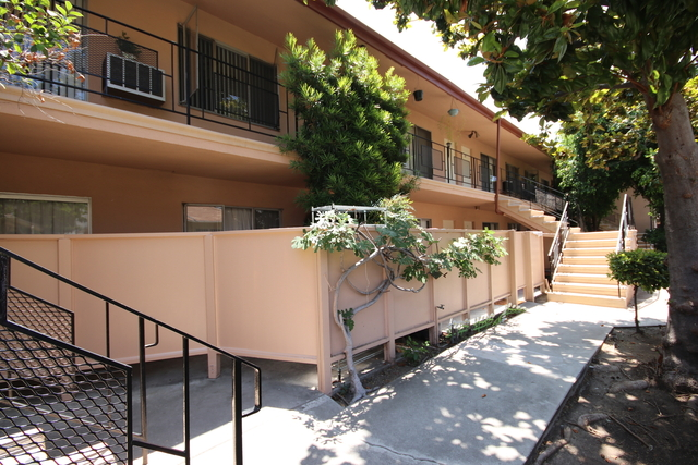 1 Bedroom, Playhouse District Rental in Los Angeles, CA for $1,475 - Photo 1