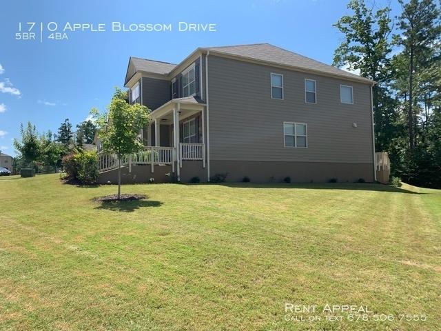 5 Bedrooms, Forsyth County Rental in Atlanta, GA for $1,995 - Photo 2