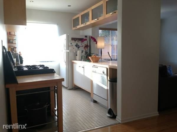 2 Bedrooms, Hollywood United Rental in Los Angeles, CA for $3,300 - Photo 2