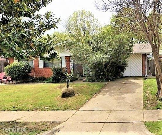 3 Bedrooms, Arlington Rental in Dallas for $1,560 - Photo 1