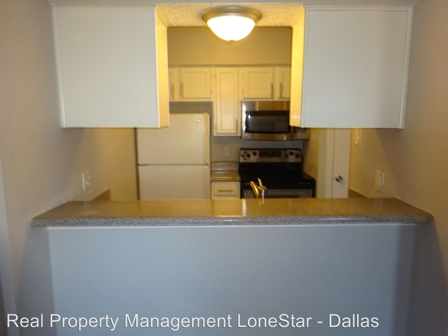 1 Bedroom, Rolling Trails Rental in Dallas for $795 - Photo 2