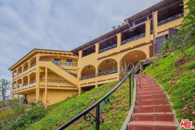 5 Bedrooms, Hollywood Hills West Rental in Los Angeles, CA for $8,500 - Photo 1