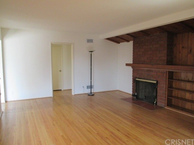 3 Bedrooms, Mid-Town North Hollywood Rental in Los Angeles, CA for $3,595 - Photo 2
