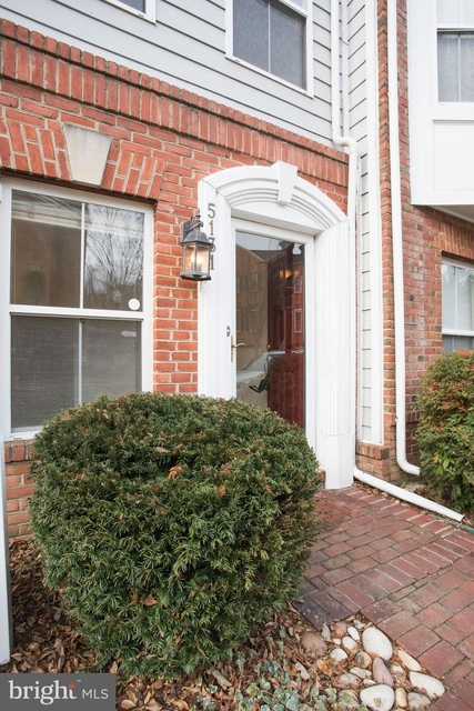 3 Bedrooms, Cameron Station Rental in Washington, DC for $3,200 - Photo 2