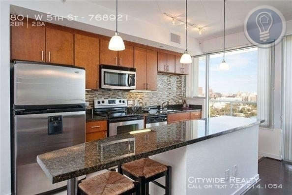 2 Bedrooms, Downtown Austin Rental in Austin-Round Rock Metro Area, TX for $3,574 - Photo 2