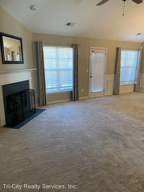 3 Bedrooms, The Dale at Summergrove Rental in Atlanta, GA for $1,475 - Photo 2