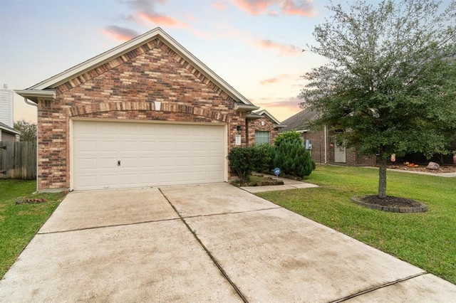 4 Bedrooms, Harris County Rental in Houston for $1,700 - Photo 1