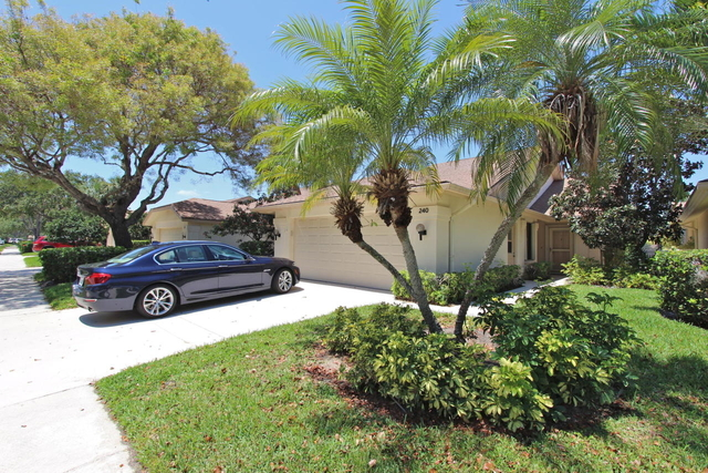 3 Bedrooms, River at The Bluffs Rental in Miami, FL for $3,400 - Photo 2