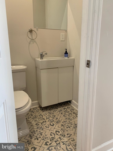 3 Bedrooms, North Philadelphia West Rental in Philadelphia, PA for $1,995 - Photo 2