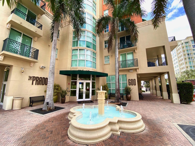 2 Bedrooms, Downtown West Palm Beach Rental in Miami, FL for $1,825 - Photo 1