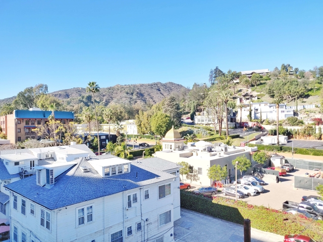 Studio, Hollywood Hills West Rental in Los Angeles, CA for $1,695 - Photo 2