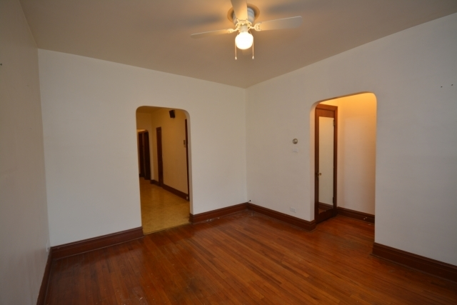 2 Bedrooms, Heart of Italy Rental in Chicago, IL for $1,295 - Photo 2