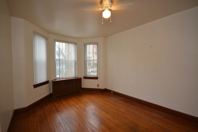 2 Bedrooms, Heart of Italy Rental in Chicago, IL for $1,295 - Photo 1