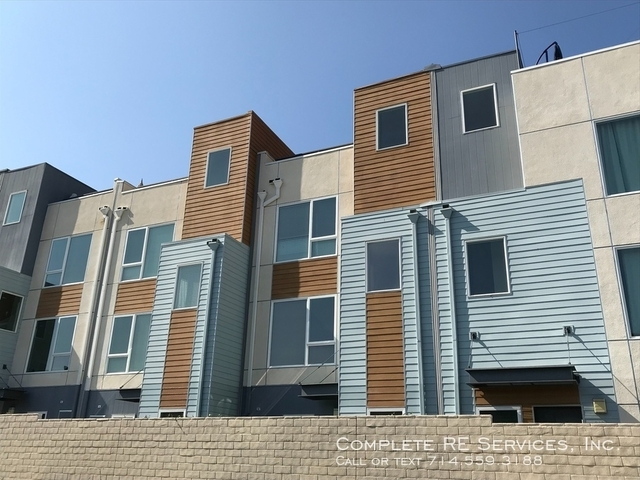 2 Bedrooms, Hollywood United Rental in Los Angeles, CA for $3,800 - Photo 1