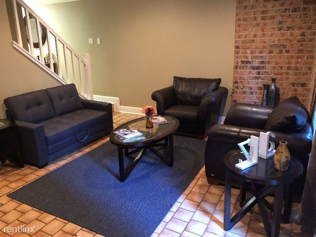 2 Bedrooms, Neartown - Montrose Rental in Houston for $1,600 - Photo 2