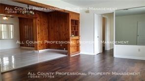 5 Bedrooms, Melrose Park Rental in Miami, FL for $2,000 - Photo 2