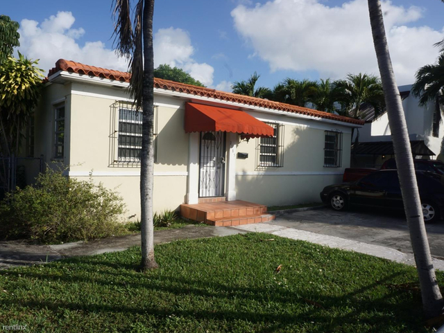 3 Bedrooms, Coral Way Rental in Miami, FL for $2,000 - Photo 2