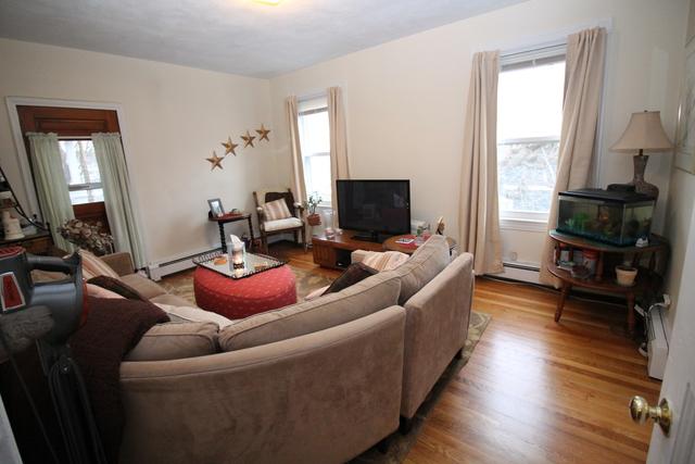3 Bedrooms, Oak Square Rental in Boston, MA for $2,400 - Photo 1