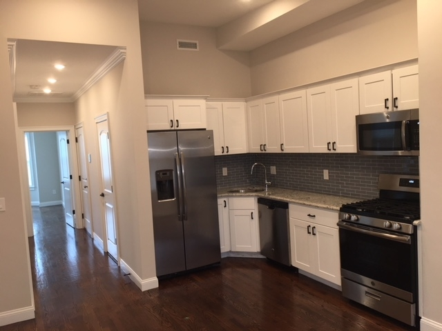 3 Bedrooms, Jeffries Point - Airport Rental in Boston, MA for $3,275 - Photo 2