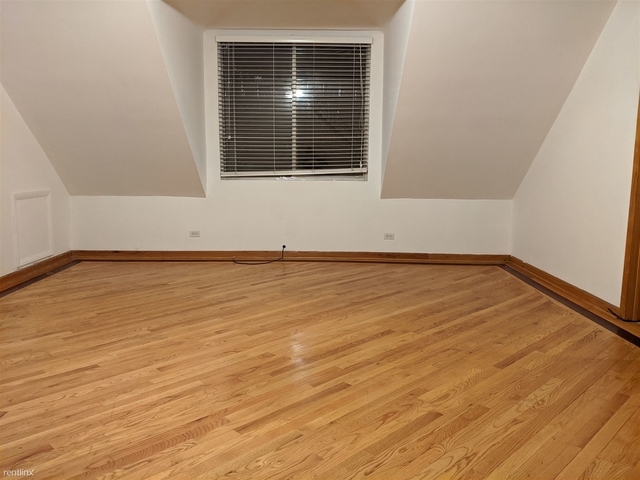 2 Bedrooms, Roscoe Village Rental in Chicago, IL for $1,795 - Photo 2