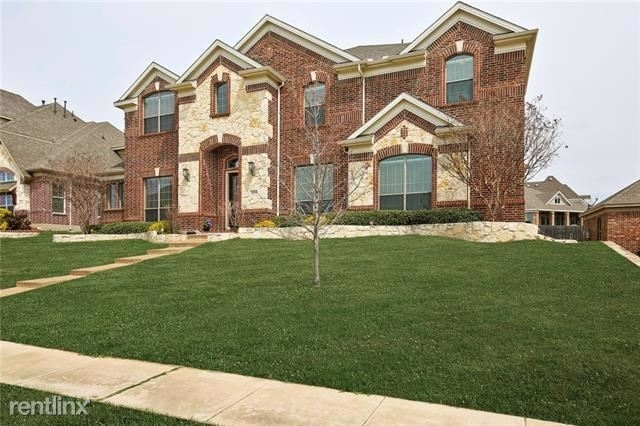 5 Bedrooms, Club Hill Rental in Dallas for $2,940 - Photo 2