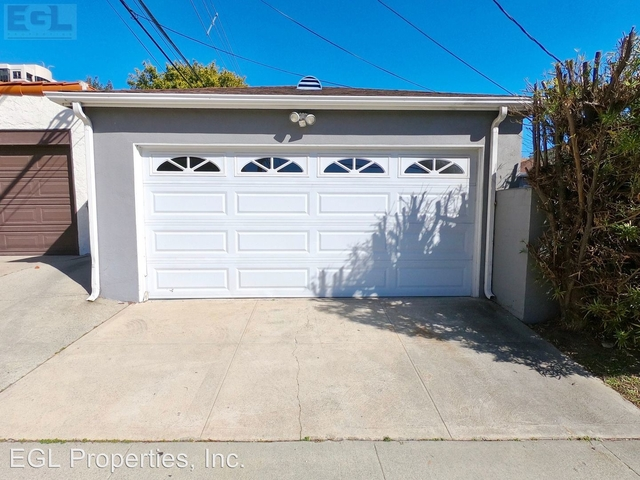 4 Bedrooms, Westwood Rental in Los Angeles, CA for $6,895 - Photo 2
