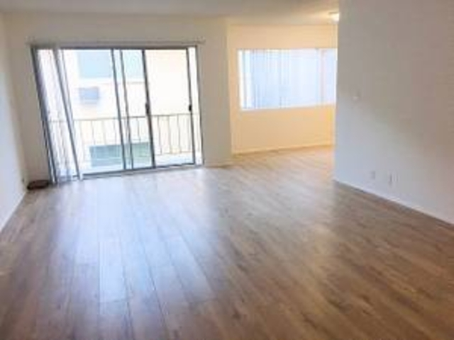 2 Bedrooms, Hollywood Hills West Rental in Los Angeles, CA for $2,750 - Photo 1