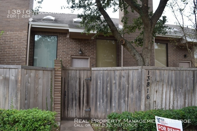 2 Bedrooms, Westhollow Villa Townhome Rental in Houston for $1,385 - Photo 1