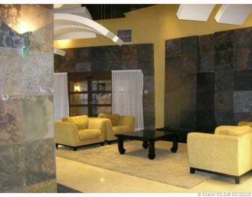 3 Bedrooms, Aventura Rental in Miami, FL for $2,400 - Photo 2