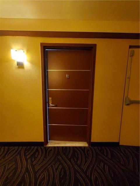 2 Bedrooms, Aventura Rental in Miami, FL for $1,800 - Photo 2