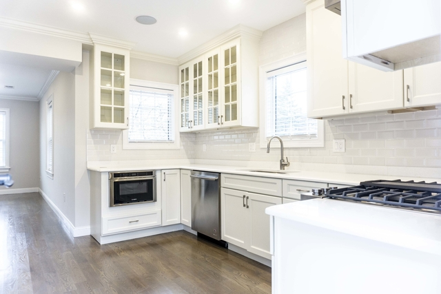 3 Bedrooms, Ward Two Rental in Boston, MA for $5,300 - Photo 2