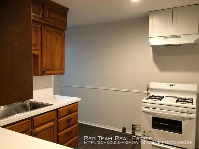 3 Bedrooms, Ridglea North Rental in Dallas for $1,250 - Photo 2