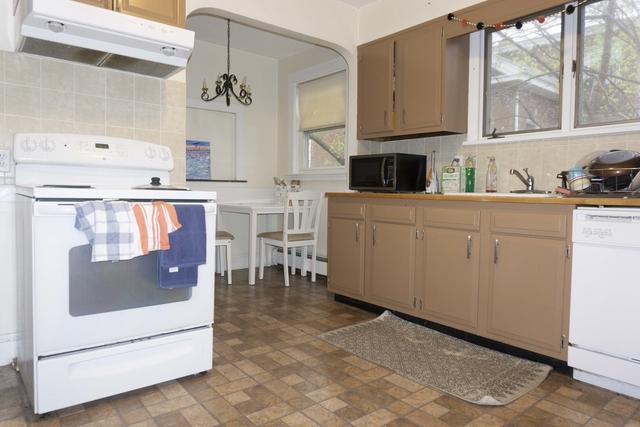 4 Bedrooms, St. Elizabeth's Rental in Boston, MA for $3,900 - Photo 2