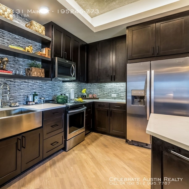 1 Bedroom, Deep Ellum Rental in Dallas for $2,020 - Photo 2