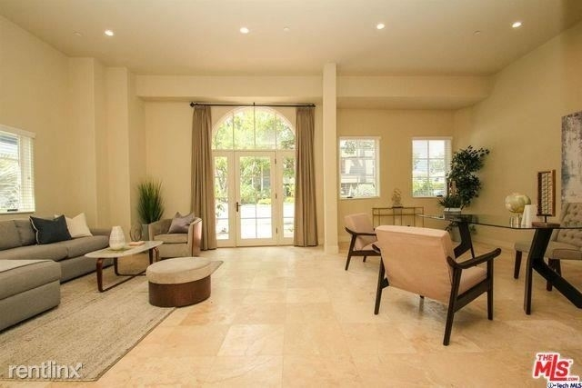 1 Bedroom, Playhouse District Rental in Los Angeles, CA for $3,250 - Photo 1