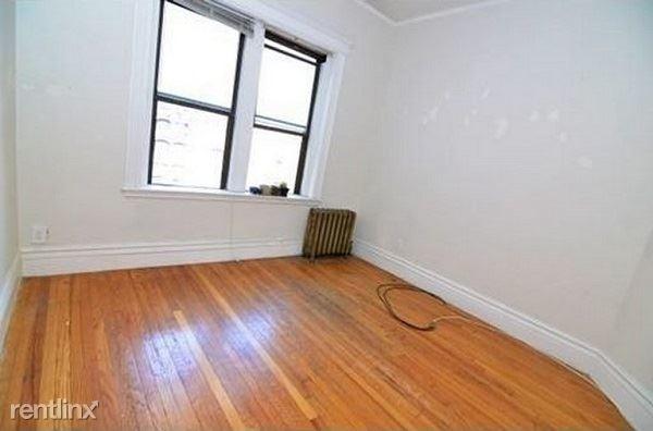 1 Bedroom, Fenway Rental in Boston, MA for $750 - Photo 2