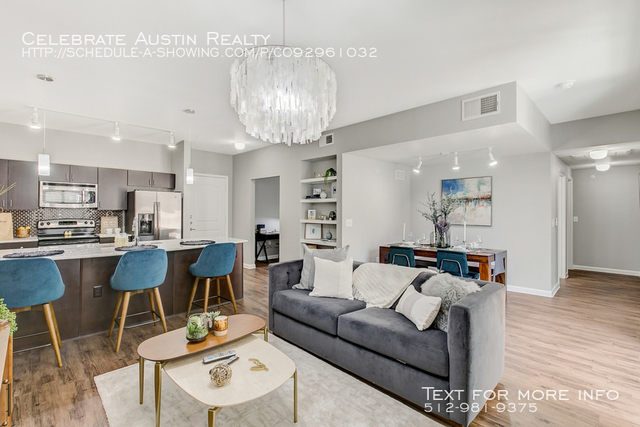 1 Bedroom, Van Zandt Park Rental in Dallas for $1,420 - Photo 2