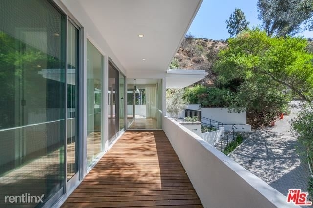 4 Bedrooms, Beverly Crest Rental in Los Angeles, CA for $11,000 - Photo 2