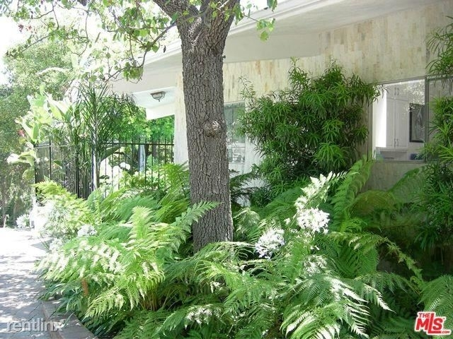 4 Bedrooms, Beverly Crest Rental in Los Angeles, CA for $8,600 - Photo 1