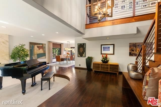 6 Bedrooms, Beverly Crest Rental in Los Angeles, CA for $15,000 - Photo 2